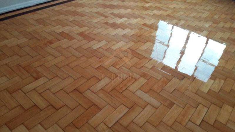 Lixamento de piso de madeira aplicadora requinte for Compro piso en sanxenxo